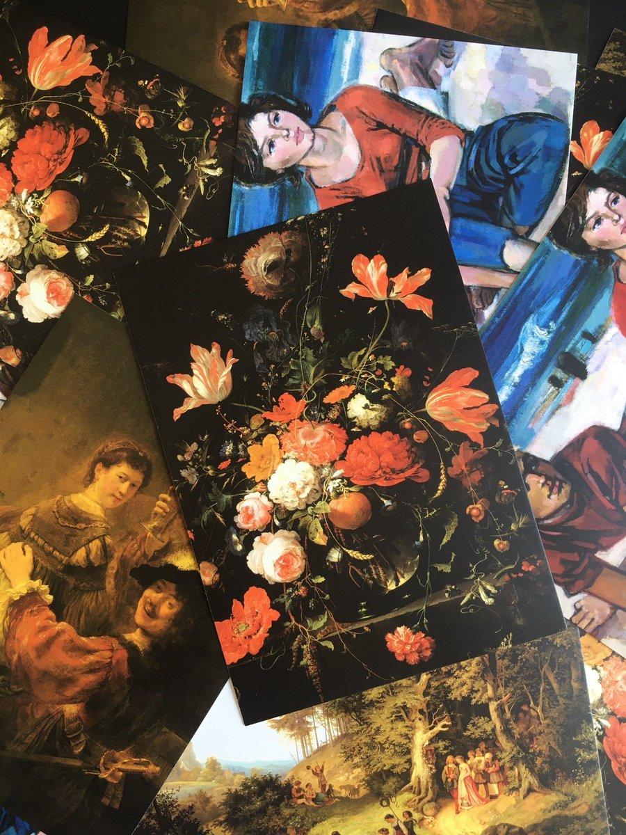 Freude per Post: Vor #Pfingsten verschickten wir 8.000 #Postkarten mit bekannten Motiven der Gemäldegalerie Alte Meister und des Albertinum an Pflegeheime in #Dresden. Mit persönlichen Grüßen von Mitarbeiter*innen der SKD, um in Zeiten von #SocialDistancing Wärme zu schaffen. https://t.co/MwNunisC9C
