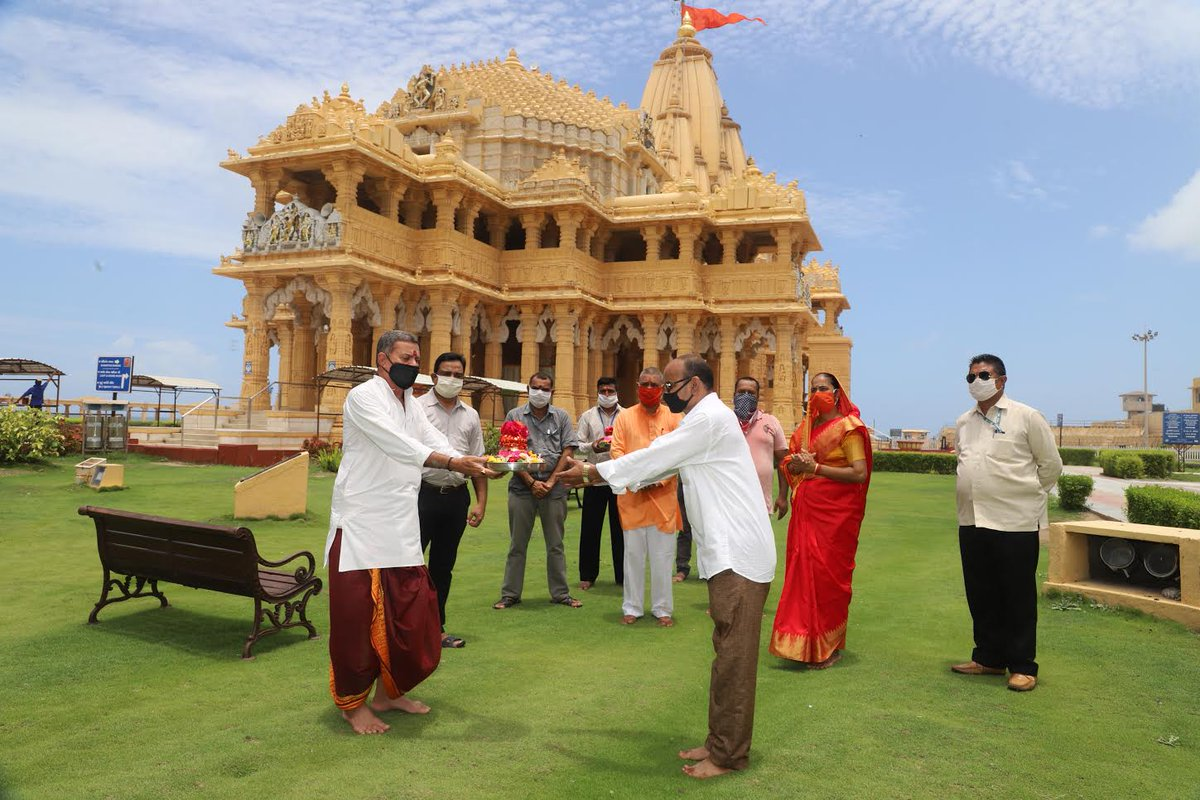 Soil, water from Somnath presented in Kumbhs for construction of Ram Mandir in Ayodhya