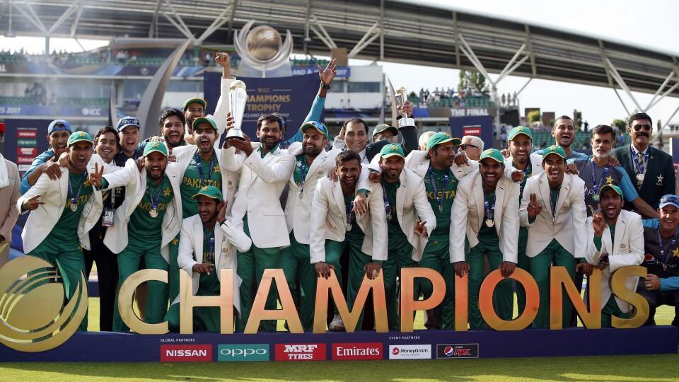 #OnThisDay  |  🔙 June 18 #CT17 🏆  Relive Pakistan conquering the Champions Trophy, 2017 by thrashing arch-rivals India by 1️⃣8️⃣0️⃣ runs under leadership of Kaptaan @SarfarazA_54 🇵🇰  #ShaanePakistan https://t.co/BGCrA4EaHZ