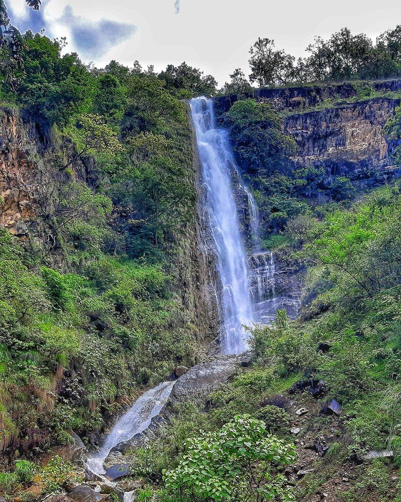 Water helds endless Inspiration.  #scenery #Waterfall #Nepal #Parbat https://t.co/gyzK13J5BT