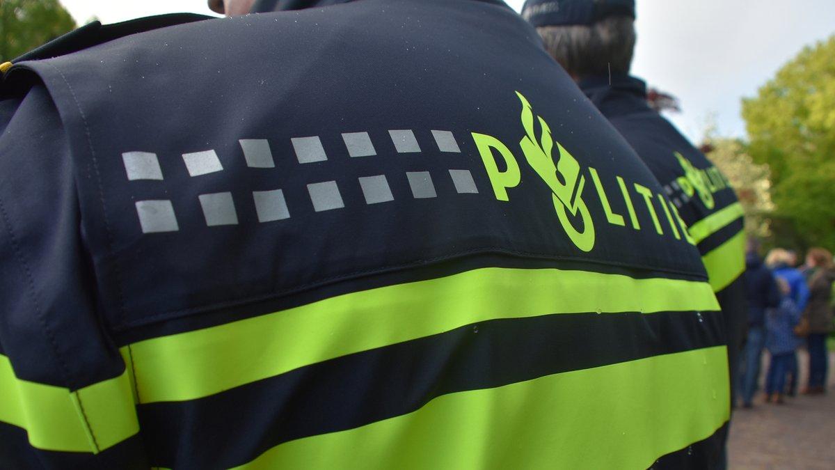 Politie doet inval in Jan Mankeshof in Meppel -..