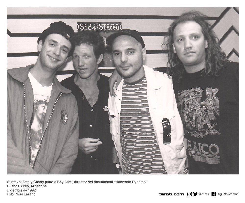 "Gustavo, Zeta y Charly junto a Boy Olmi, director del documental ""Haciendo Dynamo"" Buenos Aires, Argentina Diciembre de 1992 Foto: Nora Lezano https://t.co/R8TNO8b0MQ"