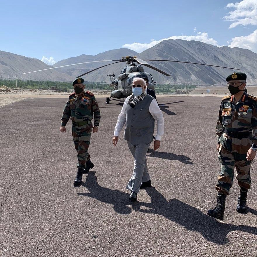 INDIA: PM Modi makes surprise visit to Ladakh amid border tensions with China. https://t.co/VES4PvuyJk