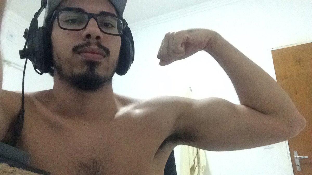 Bodybuilder porra <br>http://pic.twitter.com/mJUf71SD6b