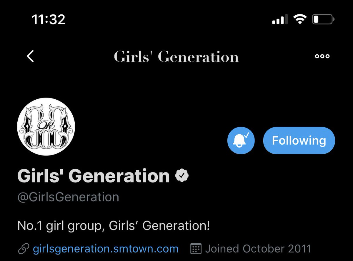 Including twitter and youtube display picture! @GirlsGeneration   pic.twitter.com/1MzSeAQ2Wd