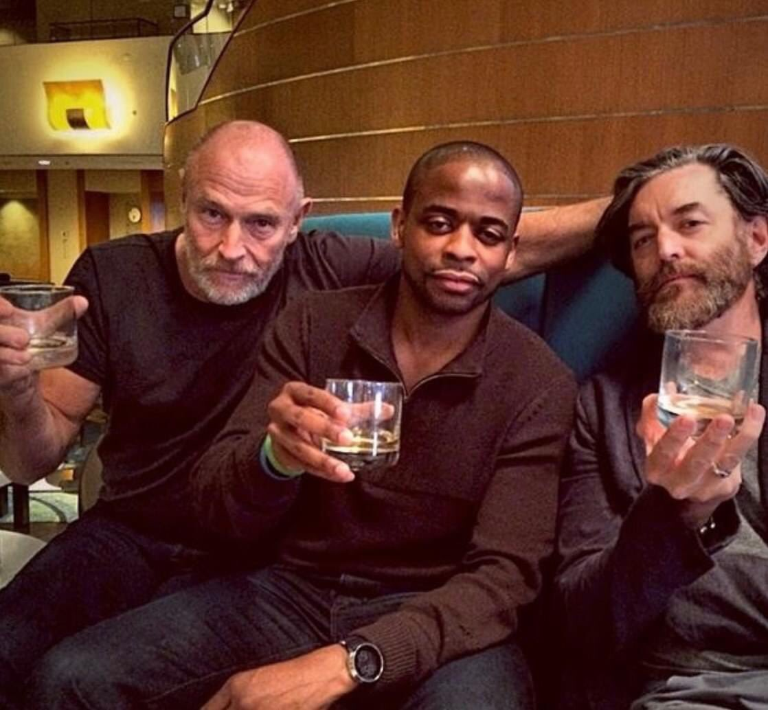 #ThankfulThursday Cheers s to these two amazing dudes. I feel blessed to call them my friends! ⁦@DuleHill⁩  ⁦@corbinbernsen⁩ #PsychFamily#Whiskey https://t.co/BWdC7JVqGX