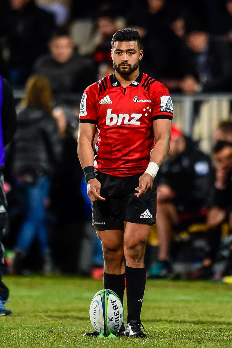 The Highlanders will be hosting the Crusaders in Round 4 of #SuperRugbyAotearoa. To stay ahead of the Chiefs and Hurricanes, they need a win. But knees buckle at the sight of any Crusaders player.
