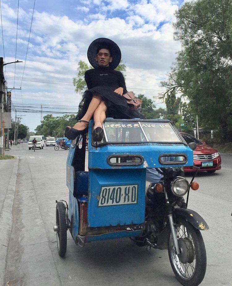 Me and Dad looking for someone who looked them down kay among laparuhon ug dagko nga pangarap. charing! https://t.co/btny5E1MSN