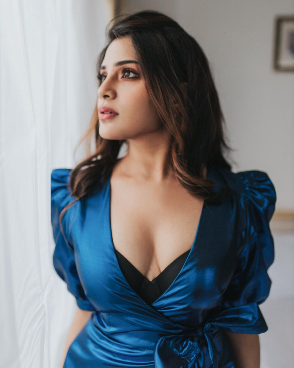 Aathmika Cute Hot Gorgeous Pictures