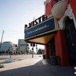 "Image for the Tweet beginning: 美國加州重啟發生""逆轉"",州長加文•紐瑟姆當地時間7月1日下令,關閉19個縣的室內餐廳、電影院、動物園等場所至少3周以上,以防止 #新冠肺炎 疫情進一步加重。"