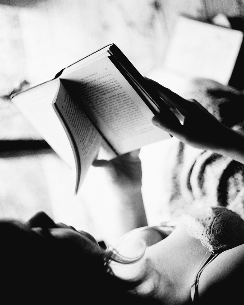 Sweetheart Absent from my home You are  Ever present in my poem  #micropoetry #LoveStory #poetrycommunity #WritingCommunity #rhymester    shared via @kulturtava<br>http://pic.twitter.com/jqOCdwtBEx