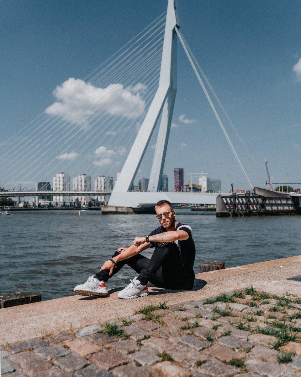Enjoying a beautiful bad hair day in Rotterdam 🌈
