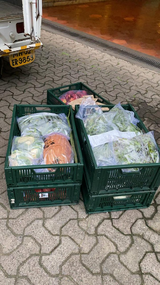 And this is how my veggies come home delivered ... drowned in plastic ..!!!!!... The Educated people creating the biggest mess on the planet ..!!! Dont know whether to laugh or cry ..!! 🤦🏻♀️😂😂🙏