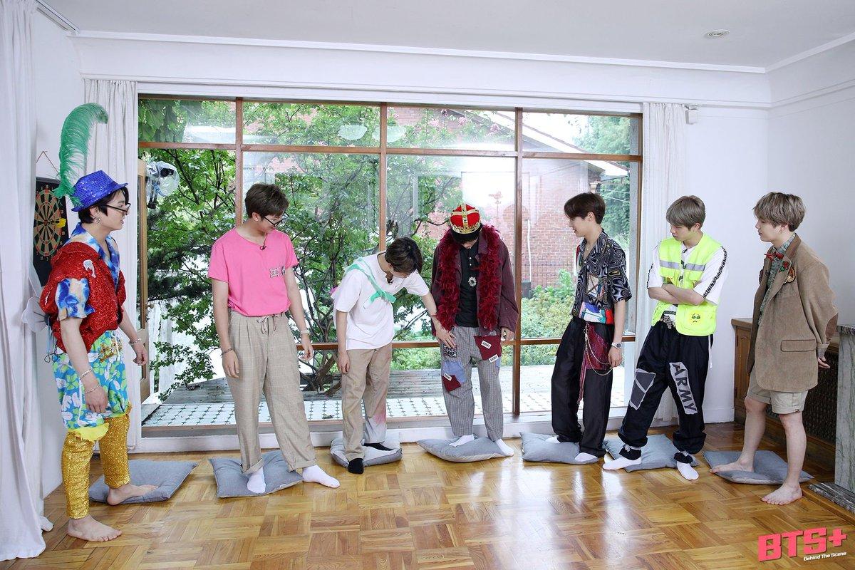 "BTS FANCAFE on Twitter: ""[Behind cut] 200701 Run BTS! - EP.106 #방탄소년단 #BTS  @BTS_twt… """
