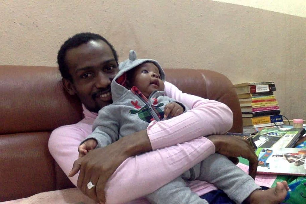 Where is Dadiyata?   His family needs him.   His wife wants to see him.   His daughter is missing him.   His friends need him.   @mbuhari, @PoliceNG @PoliceNG_CRU https://t.co/X3EAGGLFiT