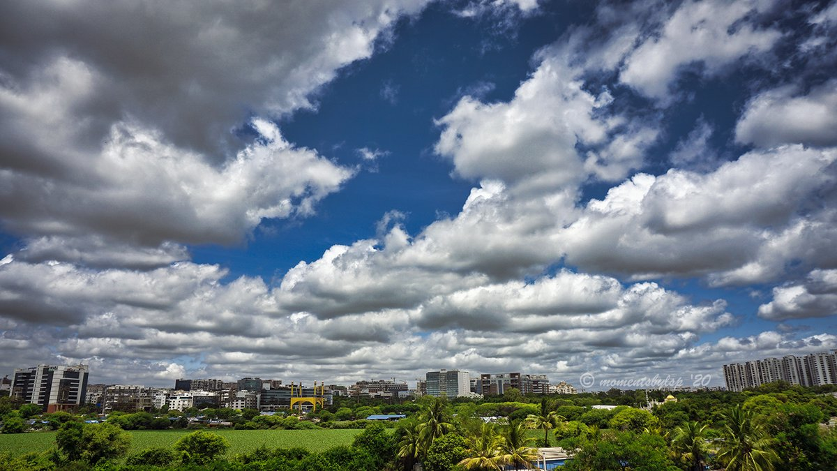 Refreshingly beautiful day with blue sky and puffy white clouds all around! #Monsoon, we are waiting!  #Hyderabad #PreMonsoon #Nature #Photography #StormHour #ThePhotoHour @StormHour #ThePhotoHour @HiHyderabad https://t.co/8pKeSuCVa3