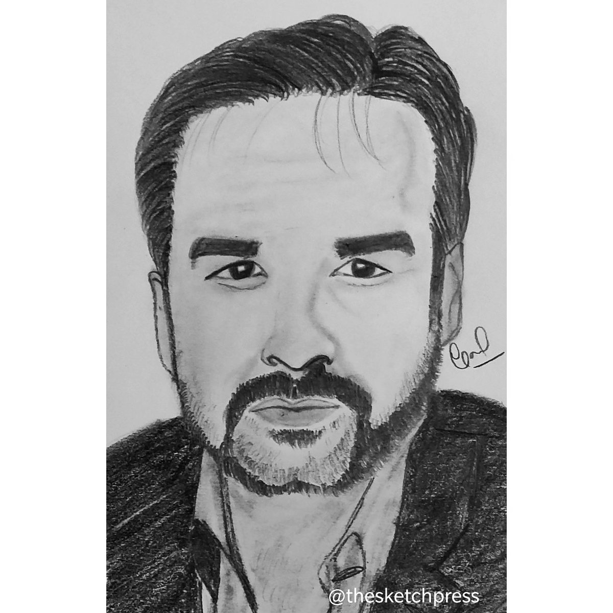 The sketch of Pankaj Tripathi Sir ! #art #Artworks #sketchpic.twitter.com/yhadwrD0sJ
