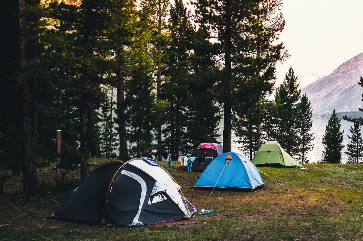 Is it safe to go camping? - Going camping can pose a risk if you come in close contact w/ others or share public facilities, like restrooms or picnic areas. Exposure may be especially unsafe if you are more likely to get very ill from #COVID19.  https://t.co/PEjiUELNbK https://t.co/0FDfHPk3KP