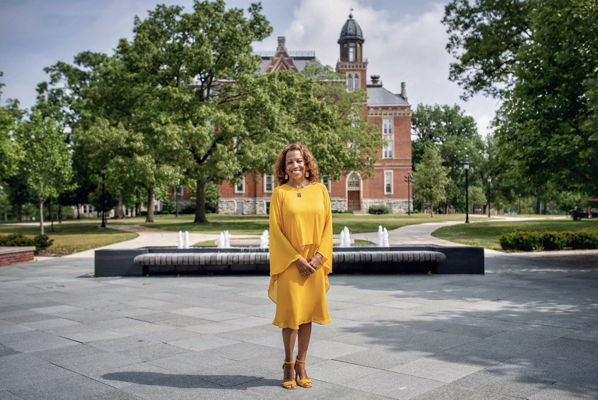 Day One! It is with great joy and anticipation that I begin my time as a @DePauwU Tiger.   Let's get to work—together. https://t.co/JVePXeRZ5p https://t.co/XVGMHzhAGa