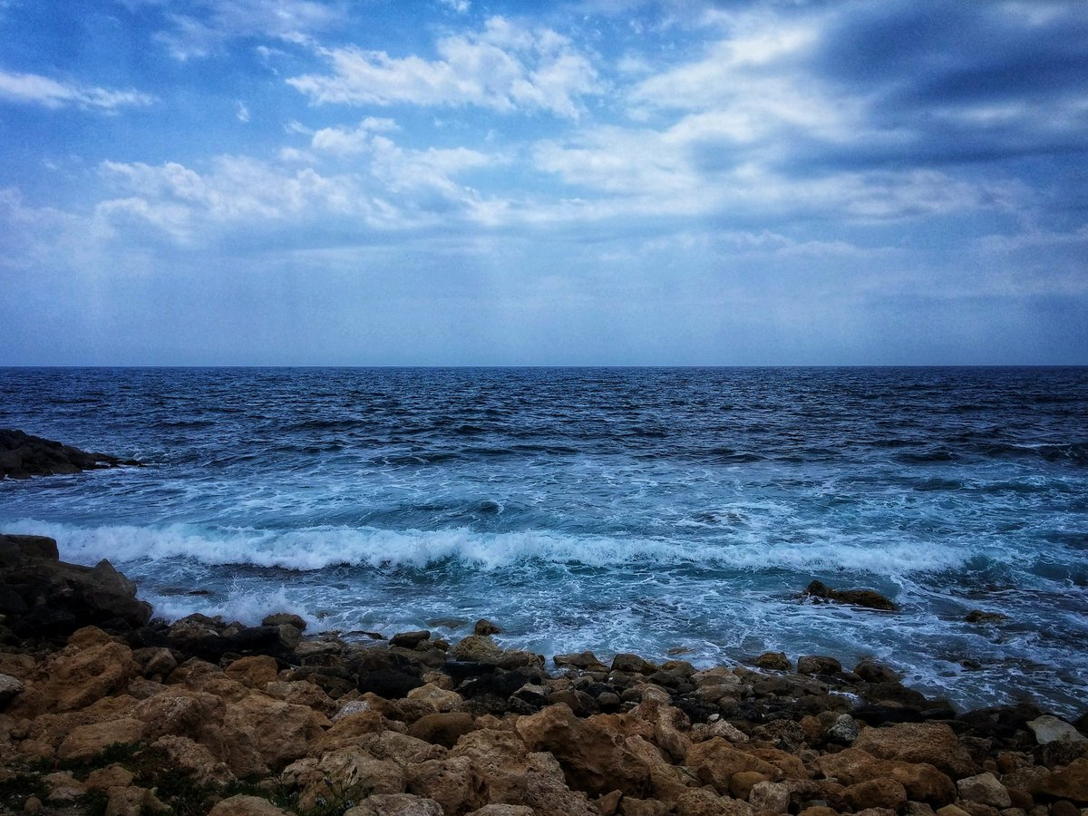 Our first blogpost is available here https://bit.ly/2YMaFnu  about 4 days in Cyprus! Enjoy!  #pairoundtheworld #travel #blog #travelblog #travelblogger #cyprus #sea #seaview #coastlinepic.twitter.com/ay2u84AeUb
