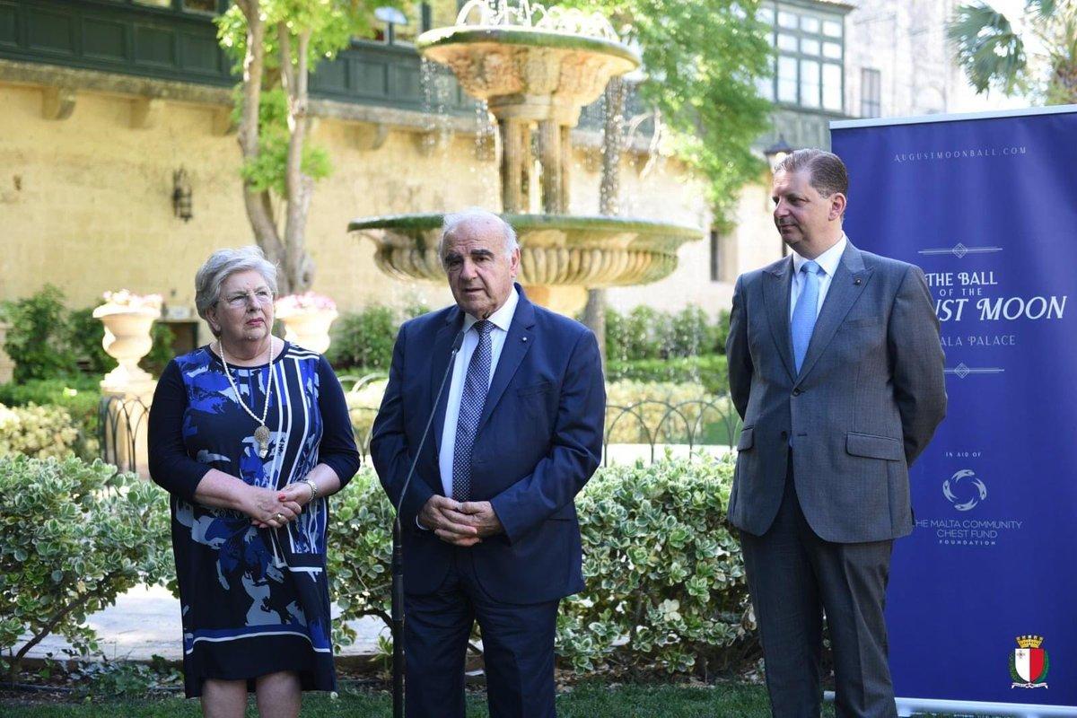 Dalgħodu, jiena u marti Miriam nedejna l-Ballu tal-Qamar t'Awwissu li se jsir fl-1 t'Awwissu fil-Palazz tal-Verdala b'risq il-Malta Community Chest Fund Foundation (MCCFF). Fissirt kif il-MCCFF tiddependi minn attivitajiet li jiġġeneraw fondi bħalma hu dan il-Ballu. https://t.co/Neq1W1bMQm
