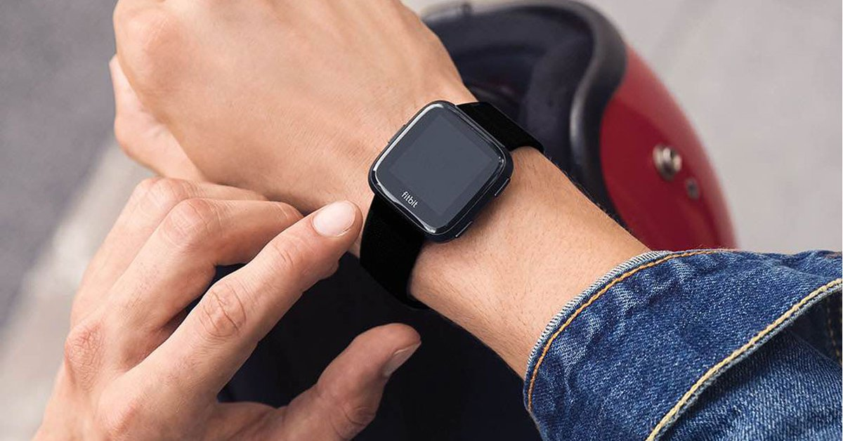 ¡Vuelve el chollo! Smartwatch Fitbit Versa por menos de 80 euros - https://t.co/hzj8jtlS2p https://t.co/DwZpLiKYZ3