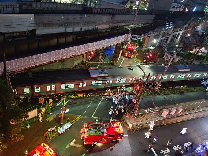 常磐線金杉踏切の人身事故の現場の画像