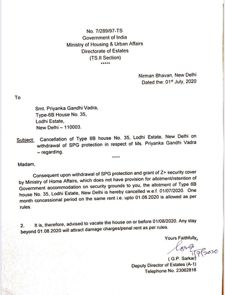 Congress leader Priyanka Gandhi Vadra asked to vacate government allotted accommodation within one month, by Ministry of Housing and Urban Affairs. https://t.co/YPIJqGBIds