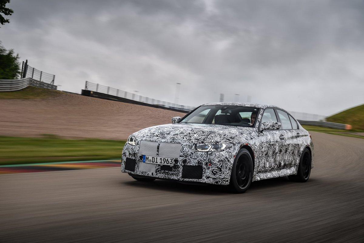 Bientôt dévoilées pour notre plus grand plaisir. La Nouvelle BMW M3 Berline et la Nouvelle BMW M4 Coupé entrent en piste pour leurs derniers tests dynamiques. https://t.co/kSi4Z0AZjM