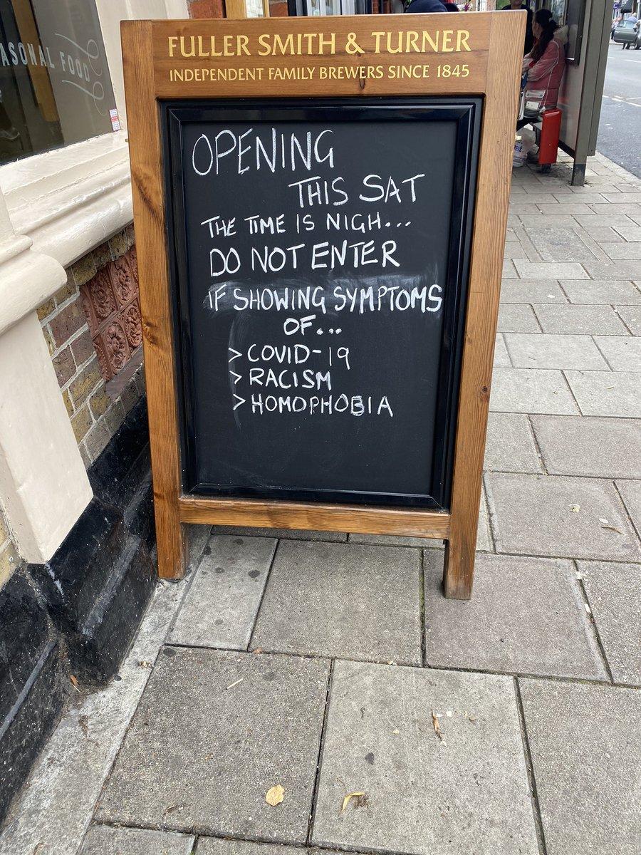 Best sign I've seen in a while 👏🏻 #teddington https://t.co/Jjkq1n8Onl