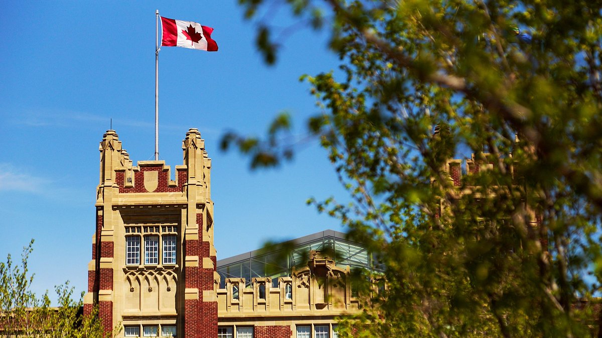 Happy #CanadaDay! DYK? SAIT's Heritage Hall was designated as a National Historic Site of Canada in 1987. 🇨🇦 #hereatSAIT https://t.co/Q1cJZWVlda