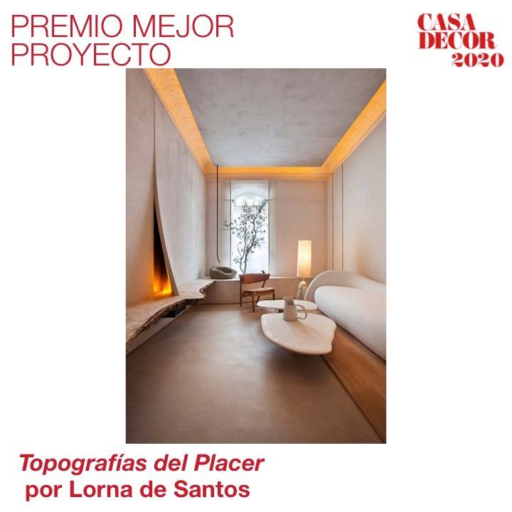 Y el Premio al Mejor Proyecto #CasaDecor2020 es para... Lorna de Santos, por 'Topografías del Placer'. ¡Enhorabuena, Lorna! #CasaDecorSostenible #Velázquez21 #PremiosCasaDecor En directo 🔊 https://t.co/KHvRRnN18G https://t.co/D9yvzYI5HK