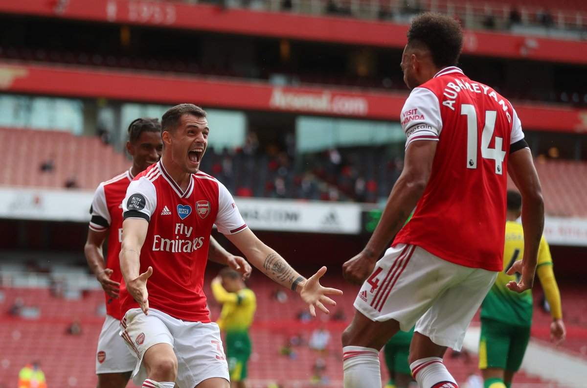 Granit Xhaka certainly enjoyed scoring his first Premier League goal of the season. https://t.co/6JetsAyr9Z