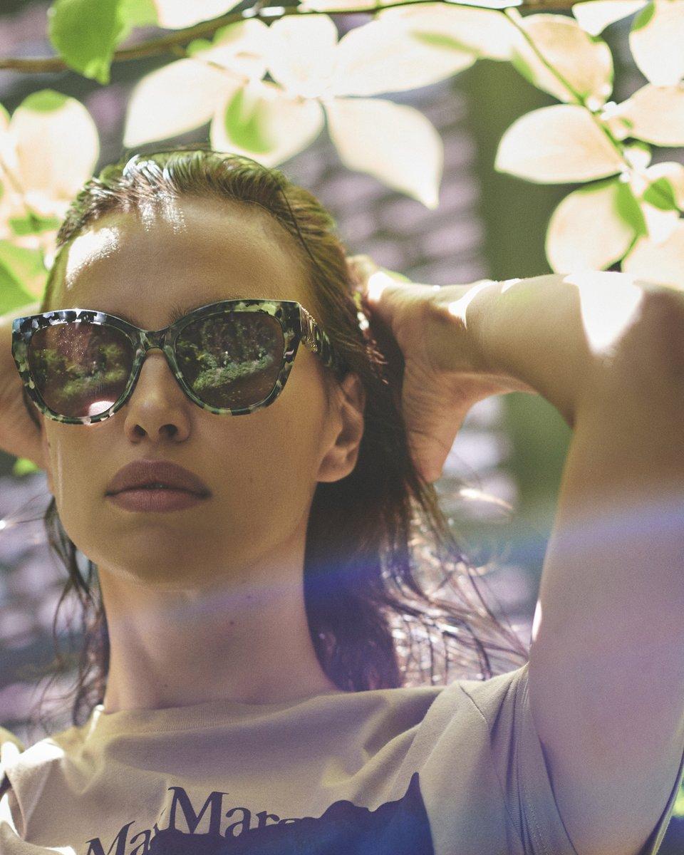 M is for Magic, like the light that surrounds Irina Shayk in the new #MaxMara butterfly sunglasses featuring the MaxMaraGram metallic logo.  http://bit.ly/MaxMaraEyewear20…pic.twitter.com/gfDPTkur7V