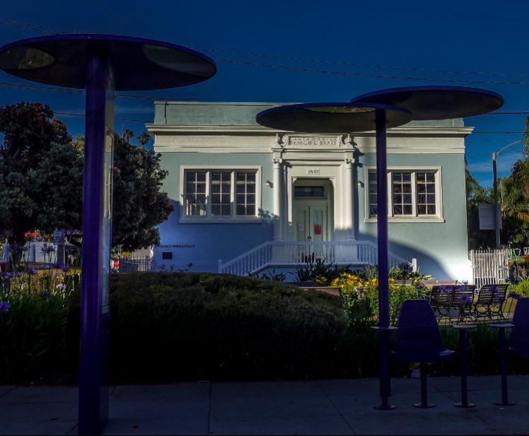 The Old Santa Monica Library. . .  #la #meistershotz #rawurbanshots #ig_masterpiece ##electric_shotz #killerseqlects #createcommune #theimaged #streetphotography #richardgreenla #cityscamxspeheaven #la_centerofphoto #la_shooters #santamonica #santamonicabeach #santamonicalibrarypic.twitter.com/sDudWcWVwn