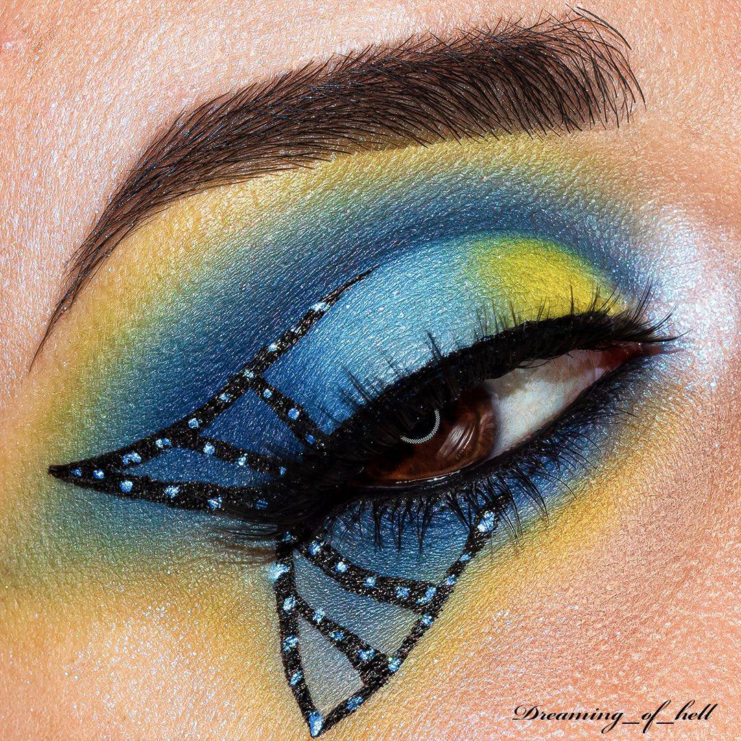 • Blue Butterfly• . #sharemevals #aceveautemualinksearch #dreamingofhellmua #sigmabeauty #morphebrushes  #bperfectcosmetics #beautybayprsearch #avantgardemakeup #makeupeditorial #undiscovered_muas #hypnaughtymakeup #norvina #acebeaute #mesaudamilano #nablacosmeticspic.twitter.com/sJp2Nu6Oc6