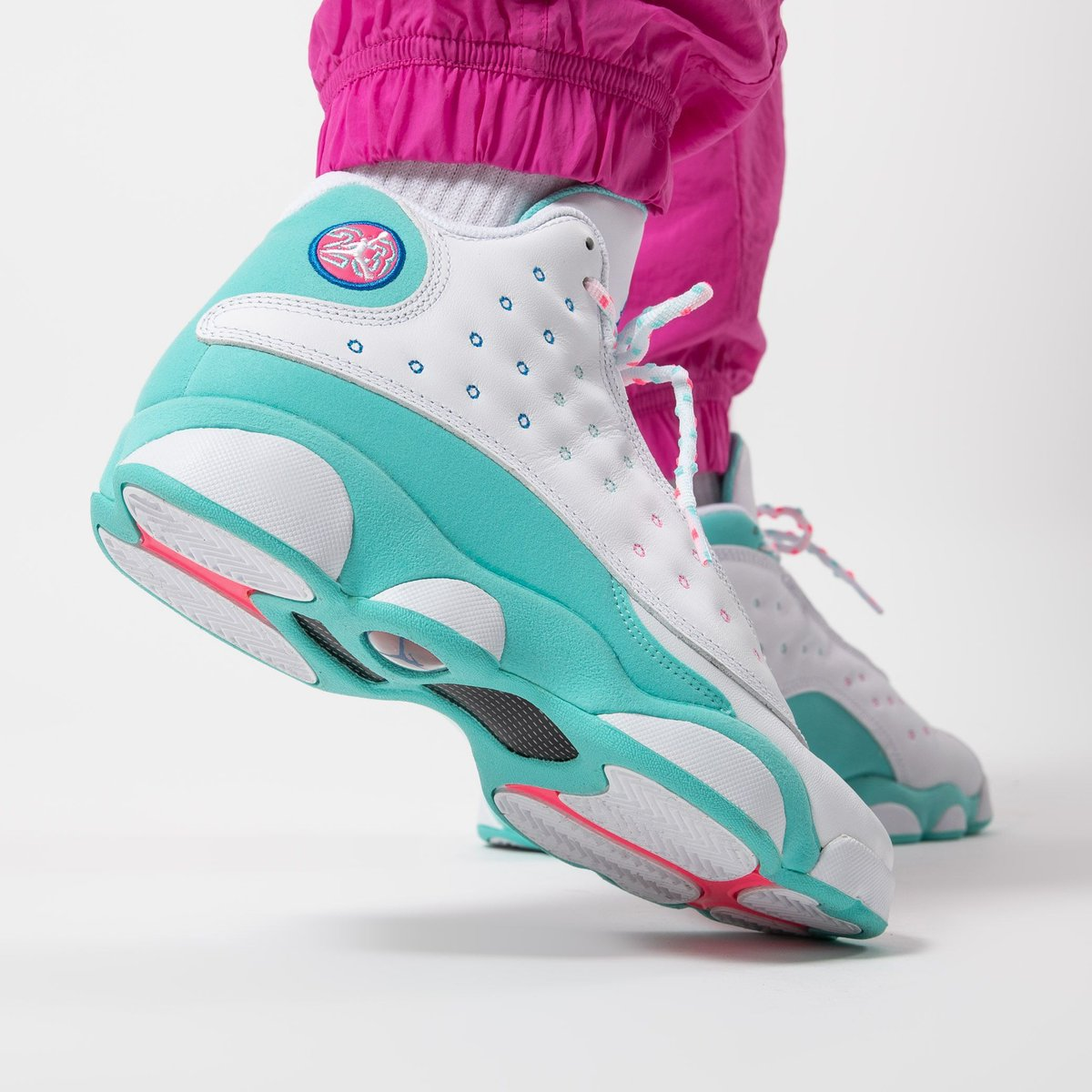 Titolo On Twitter Just In Air Jordan Retro 13 Gs Aurora Green Digital Pink Are Available Online Hurry Up Https T Co Blzn9jn957 Us 4 5y 36 5 Us 7y 40 439358 100 Wmns Icon Clash