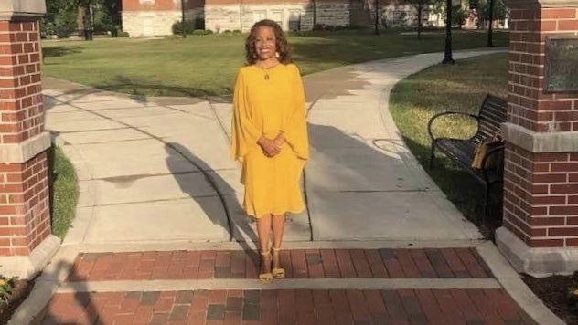 Congratulations to Dr. Lori S. White who begins her presidency of @DePauwU today! Dr. White served as the 2016-2017 @NASPAtweets Board Chair.  She was also named a Pillar of the Profession in 2009. https://t.co/y1b0Tx8SO4