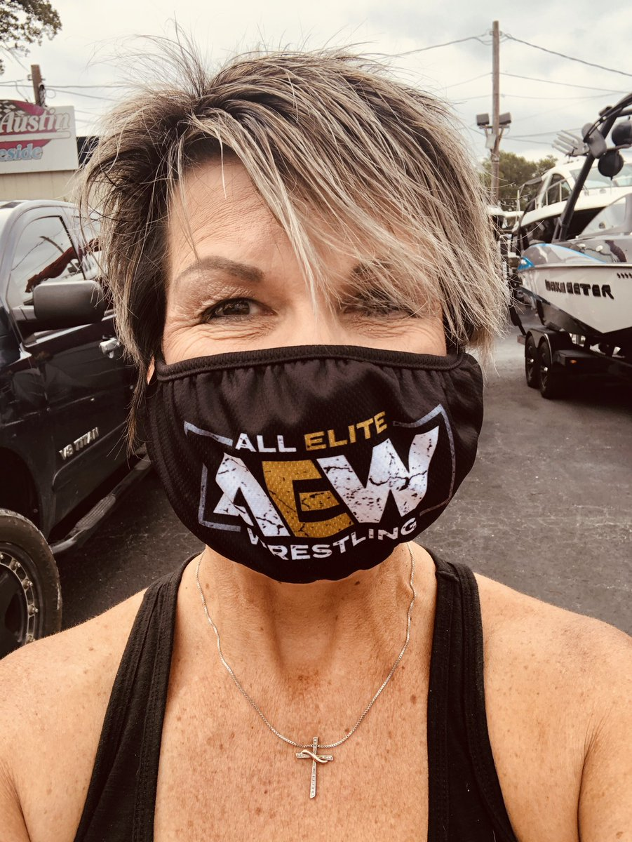 I'm sporting my @allelitewrestling mask...which brings me to my next point.......TONIGHT IS NIGHT #1 of #FYTERFEST on @aewontnt!pic.twitter.com/eyvGdcTXwI  by The #MULTIFARIOUS Matt Hardy