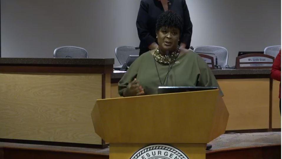 Dr. Lisa Herring officially sworn in as @apsupdate superintendent. @cbs46 #schools #news #update https://t.co/sfatNkPdFM