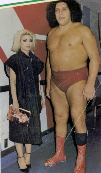 Happy 75th birthday to noted wresting fan Deborah Harry.