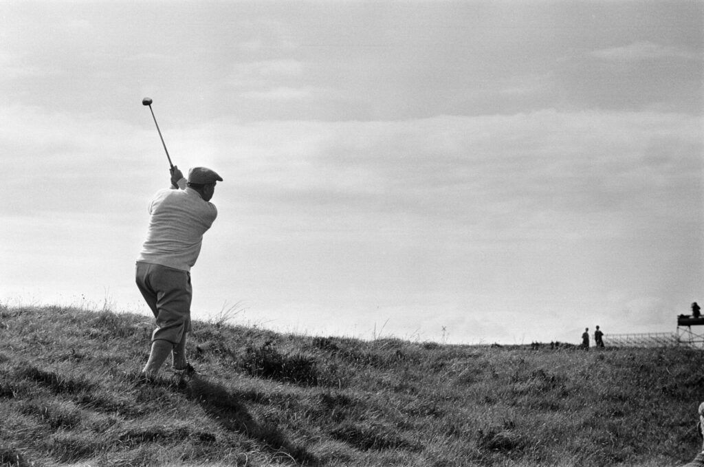 In 1973, arguably the sport's first global superstar was bowing-out of the Open Championship. Trust Gene Sarazen to sign off with a hole-in-one  https://t.co/yVsfule3TJ #theopenchampionship https://t.co/M0NDdbBhfK