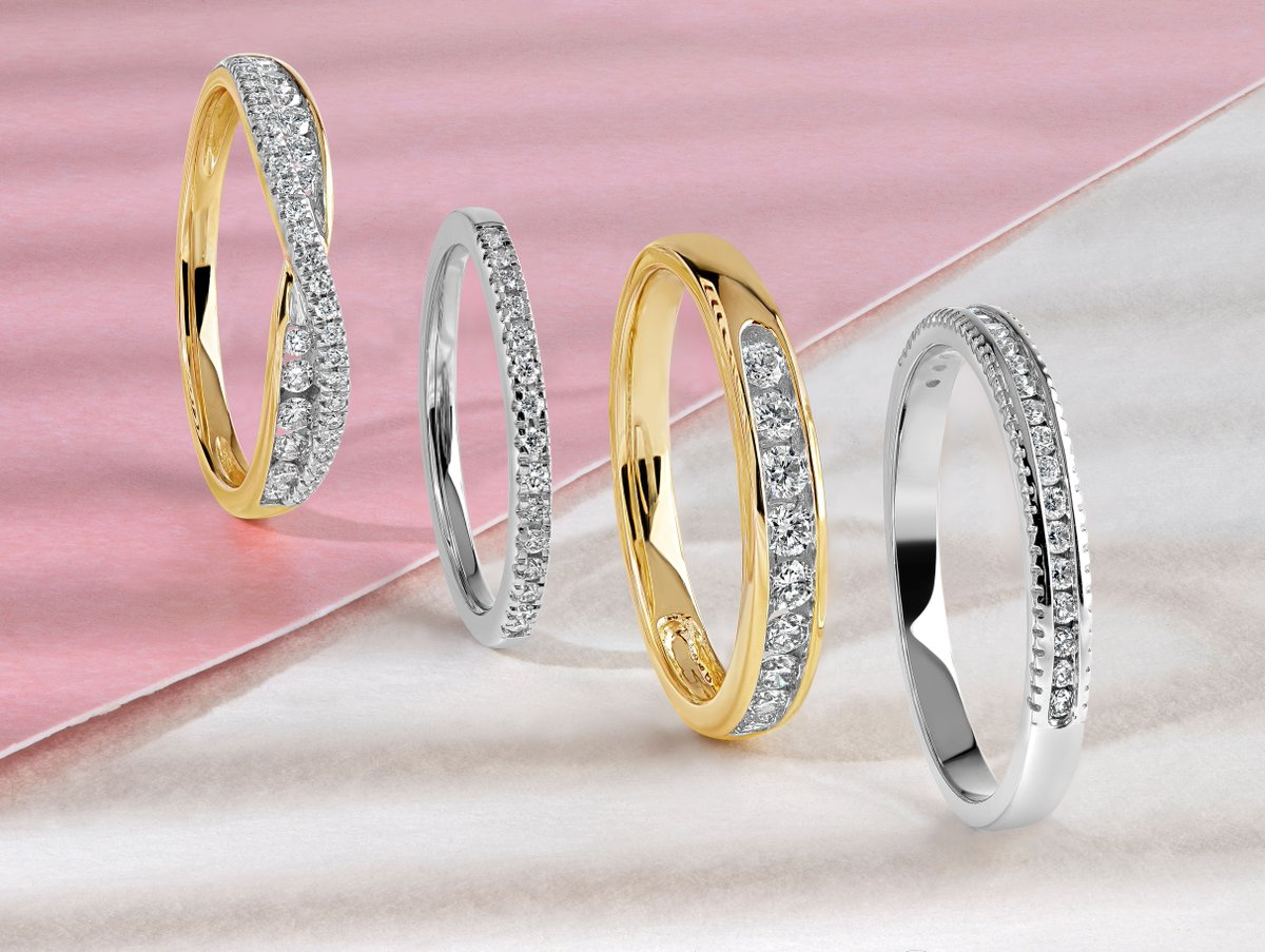 Promise forever with one of our beautiful Eternity Rings from Fraser Hart. Each dazzles with sparkly diamonds that capture light with every movement.  https://t.co/JhwFsKWEM6  #SparkleWithFraserHart #eternityrings #diamondrings #foreverrings #whitegoldring #yellowgoldring https://t.co/j96kwKP30D