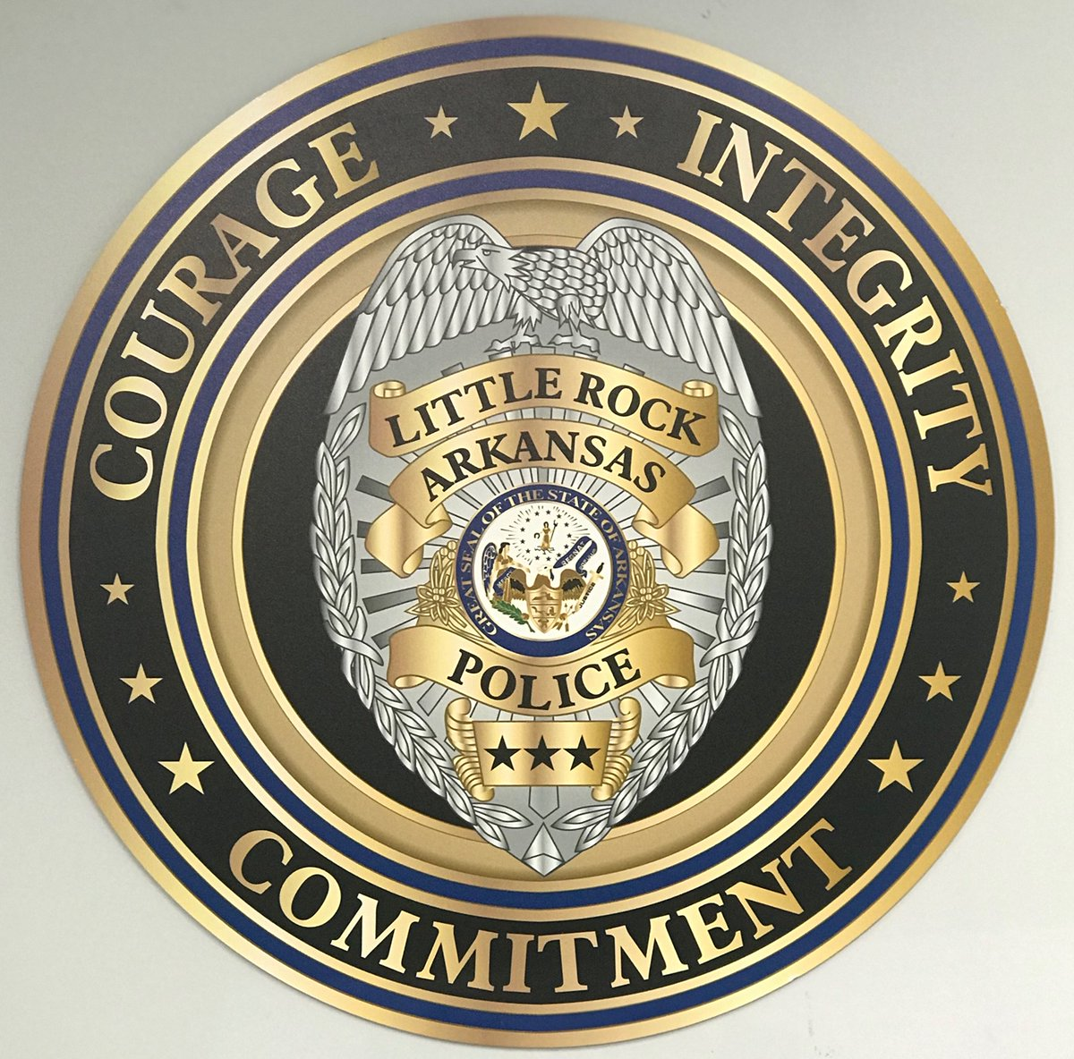 Four Non-Sworn and One Sworn member of the Little Rock Police Department Training Division, have tested positive for COVID-19. The entire Division has been tested without further positive results. None of these employees have had contact with the community. Post 1 of 2 https://t.co/bTLqY2efAW