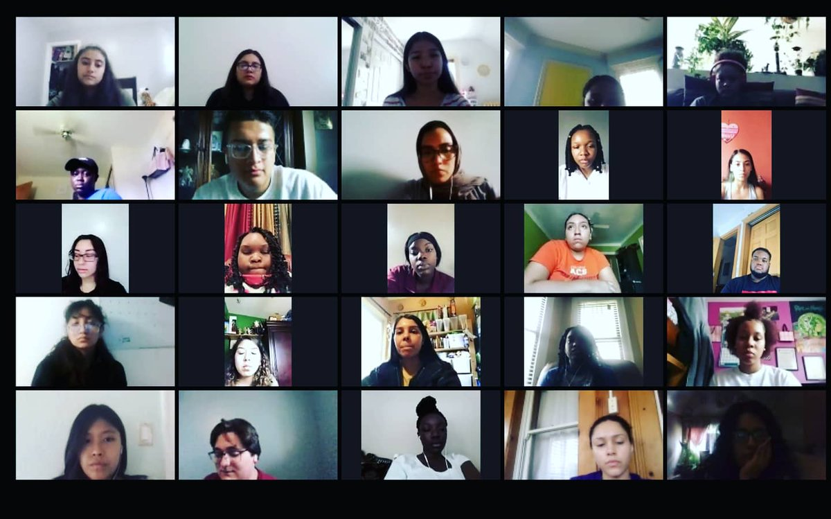 Our 1st virtual #orientation is in the books! Our students will have the opportunity to engage with 30+ healthcare professionals at @LurieChildrens this summer! We are so excited to start our summer program on 7/6! #DiscoveringHealthcareCareers #1summerchicago