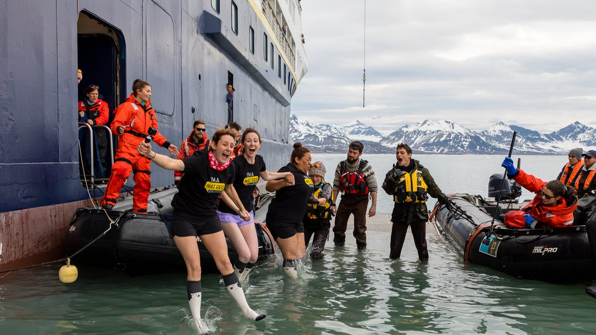 What fun (a.k.a. crazy) thing would you do on Canada Day?  A year ago, I jumped into the freezing cold Arctic Waters. It was definitely refreshing and a breathtaking experience!  Thank you to @footloosefotography for capturing the moment!  @LindbladExp @NatGeoEducation #CanadaDay https://t.co/WiL8sBMdOZ