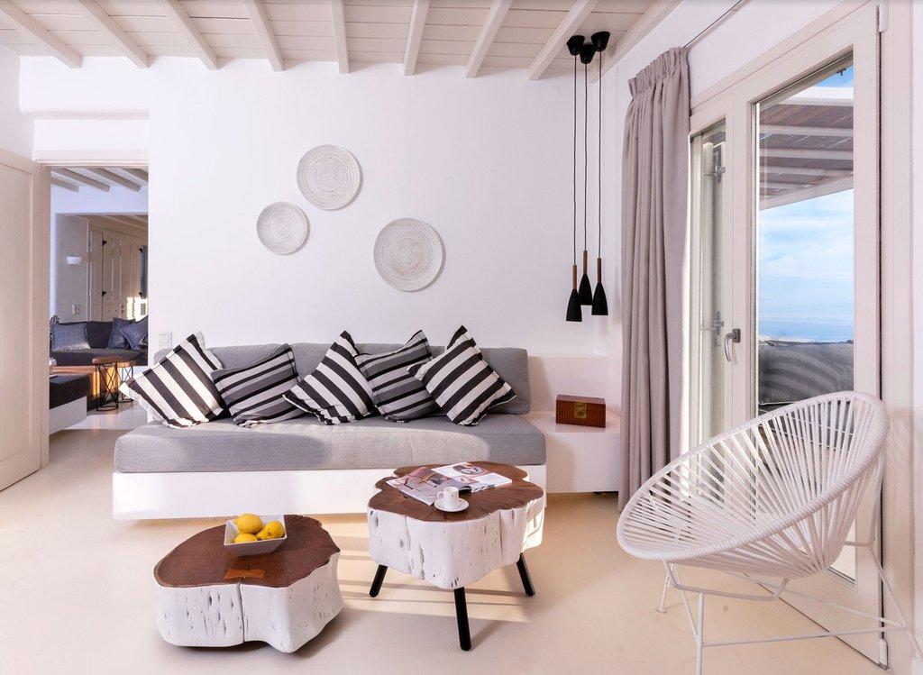 #Santorini #360 #360Tour #villa #AirBnB #Vista #realestate #creativeagency #London #photographer #videographer #video #drone #graphicdesign #greekisland   #interiors #interiordesign #luxurytravelpic.twitter.com/qxC3EoSTKq
