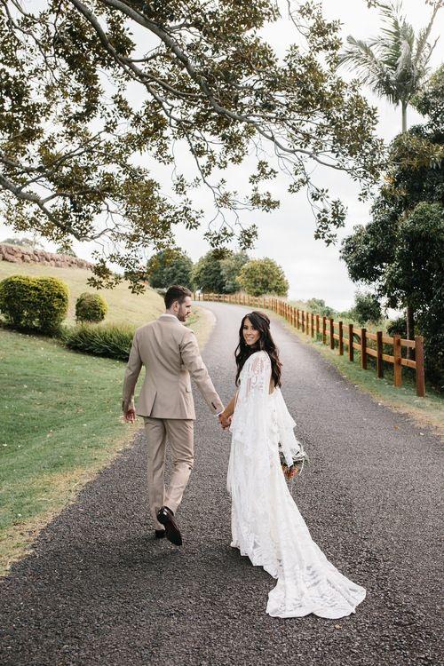 Carissa & Nicholas walking in to married life.... at @sumergroveestate Photographer @camillakirkphotography Planner @arcticfoxweddings   #photooftheday #instagood #nofilter #weddings #wedspo  #weddingstyle #weddingseason #weddingphotography #bride #weddingday #ourweddingcarspic.twitter.com/IBiI0OkcJp