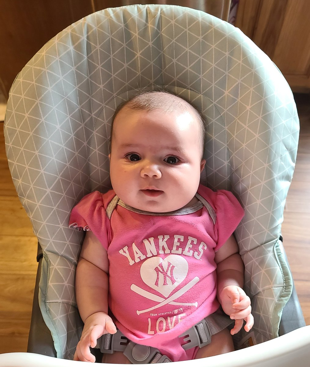 My daughter's name is Michael Jordan. Therfore she is the  baby. Beat that chumps. #GirlDad pic.twitter.com/2BW0gEqlGm  by The Hitter