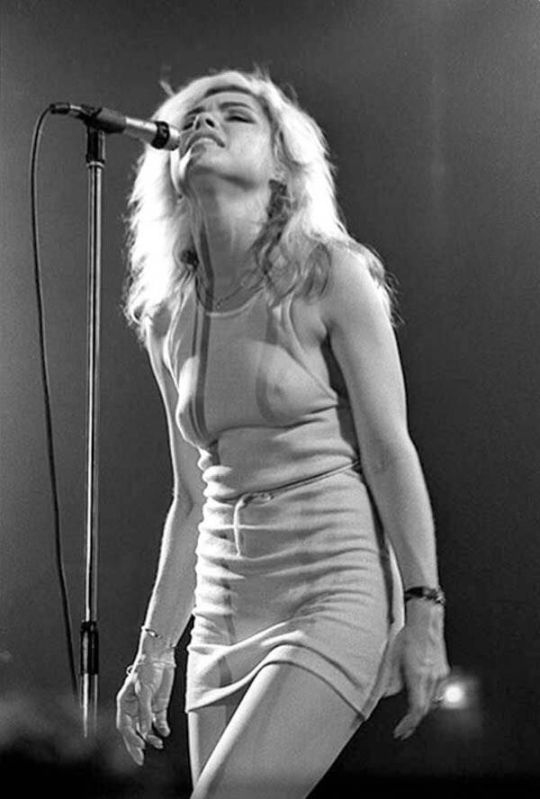 Happy birthday today to Debbie Harry @BlondieOfficial  Photo (c) Christian Rose https://t.co/susYysa44C